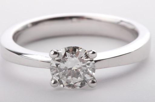 brillant diamant ring in aus 750 er wei gold mit brilliant solit r gr 56 dpl ebay. Black Bedroom Furniture Sets. Home Design Ideas