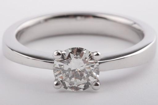 brillant diamant ring in aus 750 er 18k wei gold mit brilliant solit r gr 56 dpl ebay. Black Bedroom Furniture Sets. Home Design Ideas