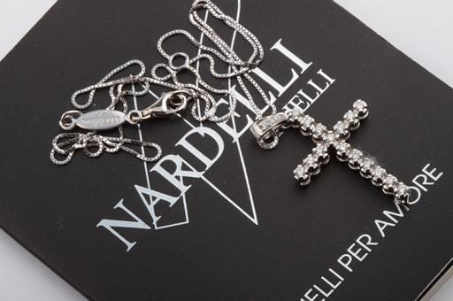 brillant diamant kreuz anh nger mit goldkette aus 750. Black Bedroom Furniture Sets. Home Design Ideas