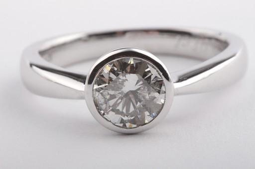 brillant diamant ring in aus 750 er wei gold mit brilliant solit r gr 52 neu ebay. Black Bedroom Furniture Sets. Home Design Ideas